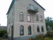 Трехэтажный дом на Крошне