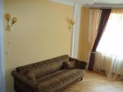 сдам отличную двухкомнатную квартиру в самом центре Житомира(можно под офис