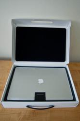 Apple MacBook Pro 17-inch Notebook----------------600 Euro ( €